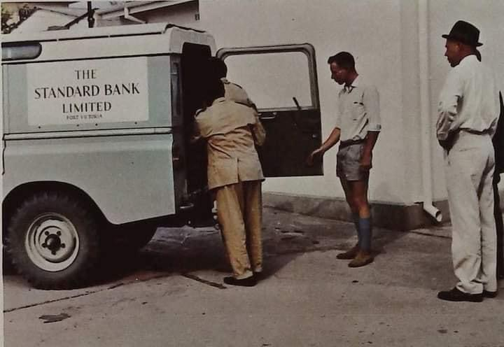 at_bank_std_delivery