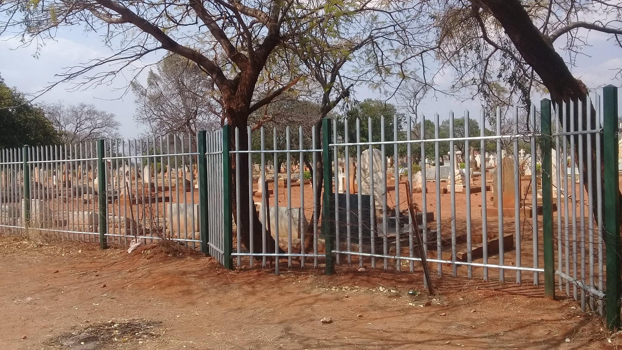 cemetery_byo_fencing_section_03