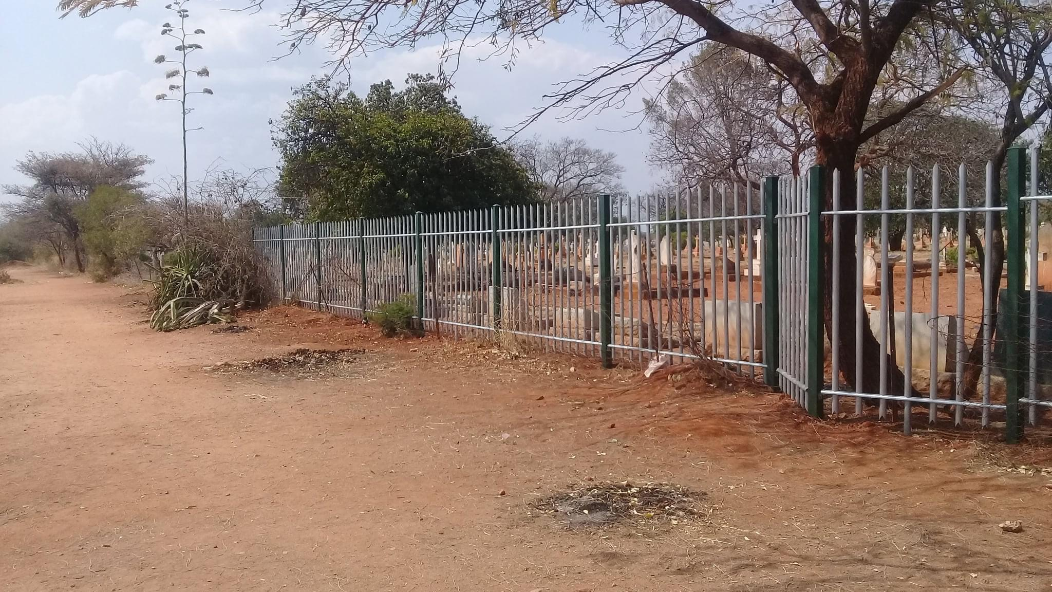 cemetery_byo_fencing_section_04