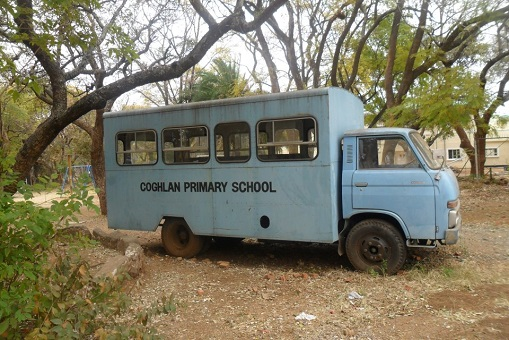 sch_jun_cogh_school_bus.jpg