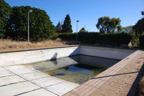 sch_jun_hill_pool_water